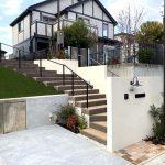 道路から玄関までを導くアプローチ・階段工事(兵庫県 O様邸)
